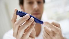 בדיקת רמת סוכר לחולה סוכרת (צילום: אילוסטרציה)
